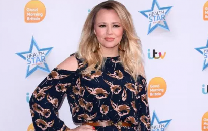 How old is Kimberley Walsh, who is the Girls Aloud star's husband Justin Scott and who are her sisters Sally and Amy?