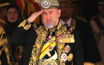 Malaysia royals to pick new king Jan. 24 after abdication