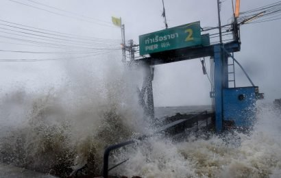 Thailand braces for powerful tropical storm at southern beach towns during peak tourism season
