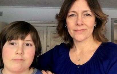 A court-ordered apology to a 10-year-old leaves his family furious