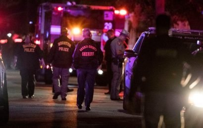 Houston Police Officers Union president has strong warning for 'dirtbags trying to take our lives' following shooting; suspects named