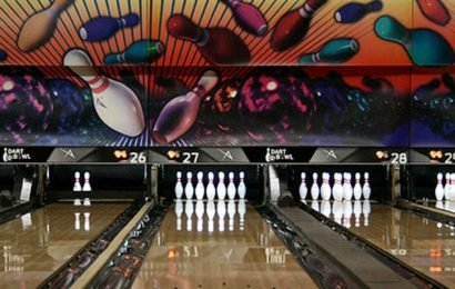 Bowling alley shooting leaves 3 men dead, 4 injured, authorities say