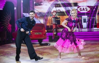 Female contestants dazzle the judges on week two of Dancing with the Stars