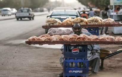 Deadly protests grip Sudan over rising bread prices