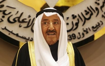 Kuwait's emir urges GCC nations to settle differences