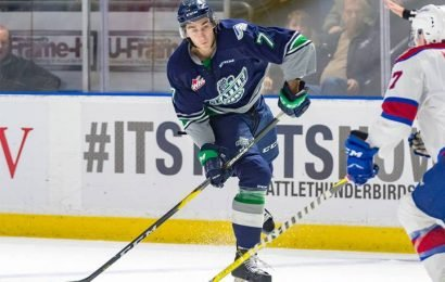 Saskatoon Blades shore up defence in trade with Seattle Thunderbirds