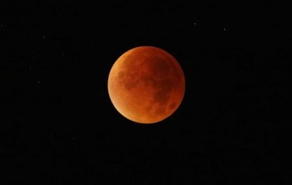 A lunar eclipse and a 'super blood wolf moon': how to watch this cosmic event