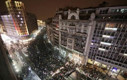 Thousands rally in Belgrade against Serbian president