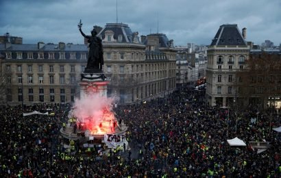 Explainer: 'Yellow vest' crisis exposes limits of French welfare system