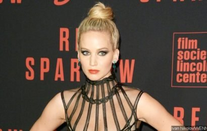 Jennifer Lawrence Gives First Clear Look at Her Stunning Massive Engagement Ring