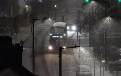 Travel chaos after -15C snow blast sees 'threat to life' warnings