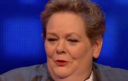 Naughty Anne Hegerty wants to 'get a grip' on hot young contestant in The Chase