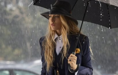 """The 'Simple Favor' Costume Designer On The """"Subliminal"""" Messages In Blake Lively's Epic Suits"""