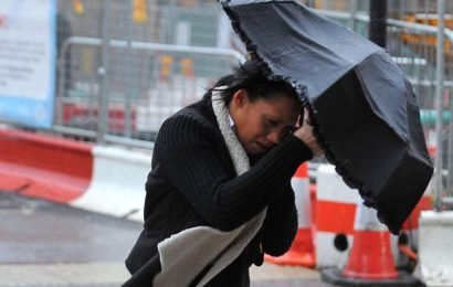 Brits facing 70mph winds as Met Office warns of travel chaos and power cuts