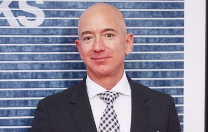 Jeff Bezos Becomes Twitter Hero After Accusing 'National Enquirer' Publisher Of Nude Picture 'Blackmail'
