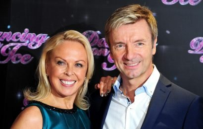 How old is Christopher Dean, is the Dancing on Ice 2019 judge married and when did he win the Olympic gold medal with Jayne Torvill?