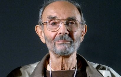 'Singin' In The Rain' Director Stanley Donen Dies Right Before Oscars