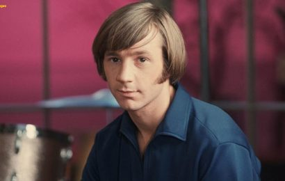 Peter Tork of The Monkees dead at 77, report says
