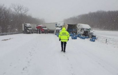 Snow brings chaos to Missouri roads with a new storm set to bring more to Midwest, Northeast