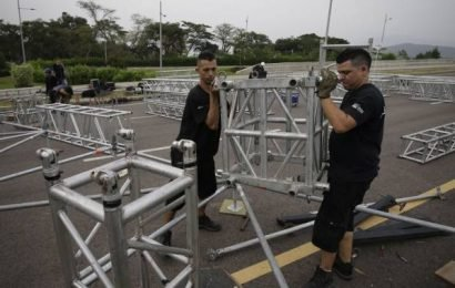 Duelling concerts the latest turn of events in Venezuela's political turmoil