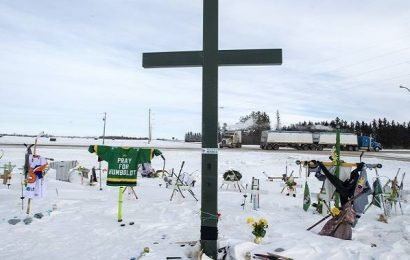 Humboldt crash coroner's report calls for mandatory bus seatbelts, improved victim I.D. system