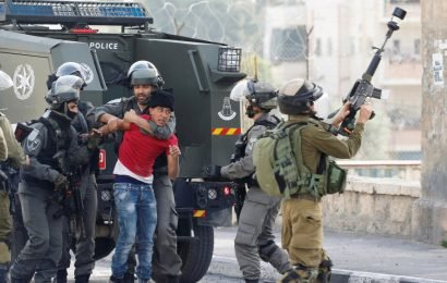 Prisoners held without charge boycott Israeli courts