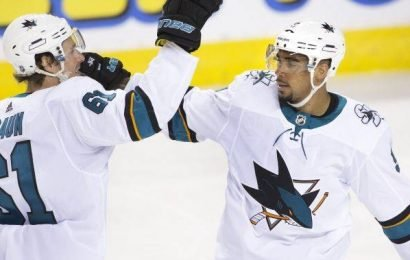 Kane notches 2 goals to help San Jose Sharks win 5-2 over Calgary Flames