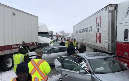 Westbound Hwy. 401 closed in Milton due to multi-vehicle pile-up