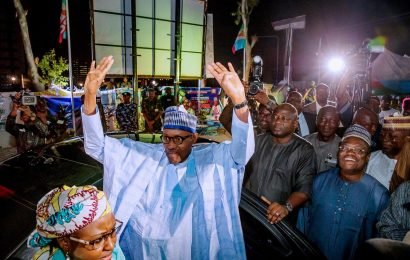 Buhari re-elected as Nigerian president, rival plans legal challenge