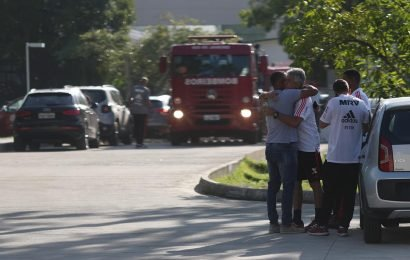 Ten soccer players killed as fire sweeps through Flamengo lodging in Rio