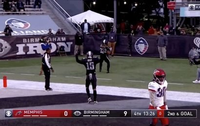 Trent Richardson Given The First Bad Penalty In AAF History After Spiking Ball Into Stands