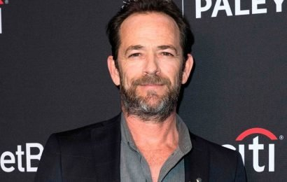 Riverdale pays tribute to Luke Perry in first episode since his death