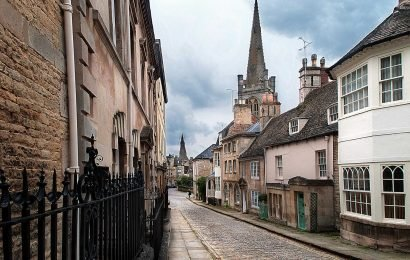 Locals slam plans to tarmac historic cobbled town square which is favourite for period drama film sets