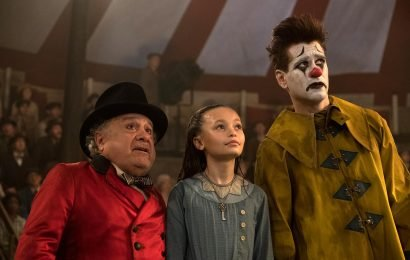 Colin Farrell is even hot as a sad clown in Dumbo