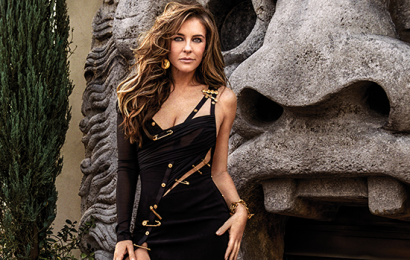 Elizabeth Hurley, 53, Recreates Iconic Versace Dress From 25 Years Ago, Proving She's Totally Ageless