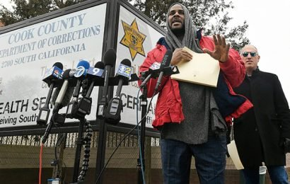 R. Kelly Vows to 'Straighten' Things Out After Release From Jail for Back Child Support