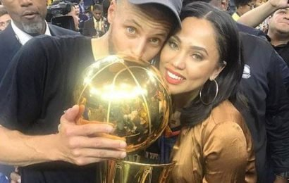 Golden (Warriors) Couple Stephen & Ayesha Curry's Picture Perfect Romance Throughout the Years on People's Choice Awards