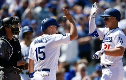 Dodgers Set Opening Day Record With 8 Home Runs