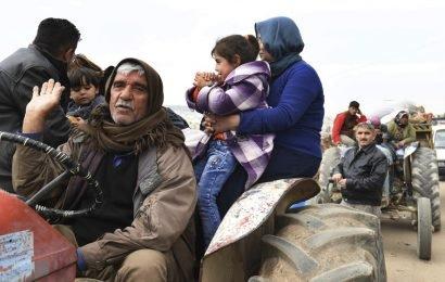 Civilians organise 'human shield' to protect Kurdish Afrin