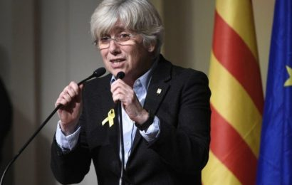 Ex-Catalan minister surrenders to authorities in Scotland