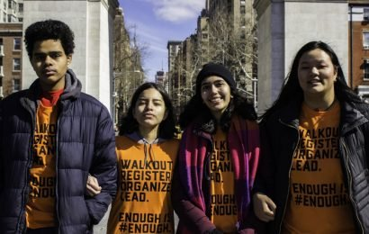 US cities see student-led walkout over gun violence