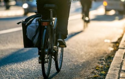 Guelph police urge drivers, cyclists to share road as spring approaches
