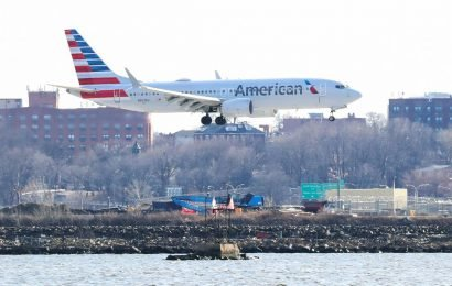 U.S. will not suspend Boeing 737 MAX planes; discussion on black box analysis