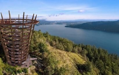 Elevated 'Skywalk' with 40-metre spiral viewing tower proposed for Malahat Summit