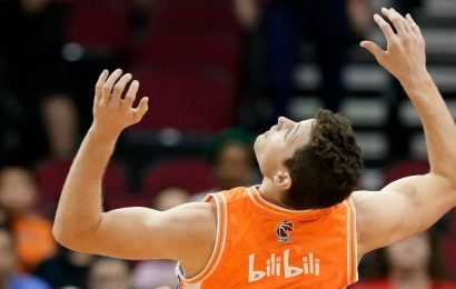 Jimmer Fredette Will Forsake God Status In China To Play For The Phoenix Suns