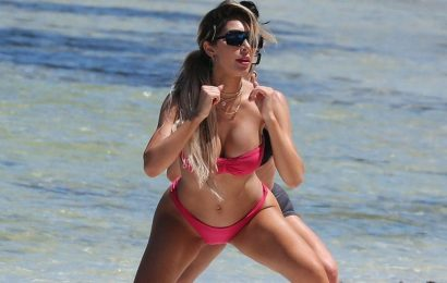 Farrah Abraham Sexy Stretch Session on the Beach in Tulum