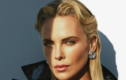 """Charlize Theron Would Like You to Know That She's """"Shockingly Available"""""""