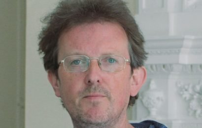 Top music journalist 'delayed suicide to not disrupt people going home for Xmas'