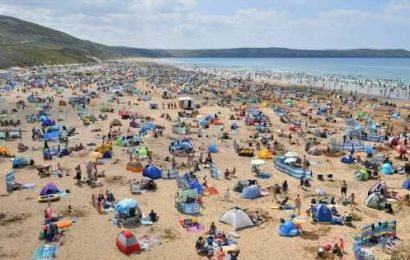 900-mile wide 'Spanish plume' to bring sizzling 26C heat to Britain