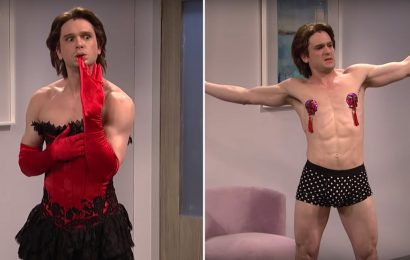 You Didn't Think Kit Harington Would Host SNL Without Doing a Striptease, Did You?